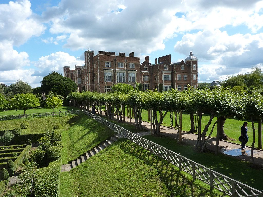 SEO Hertfordshire - Nigel Adams Digital - Picture of Hatfield House in Hertfordshire, UK